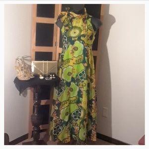"VINTAGE ""Ornamentation"" Multicolored Dress 💚💛💚"